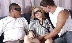 Barbara fode com o ator pornô e dá muito sua buceta gostosa
